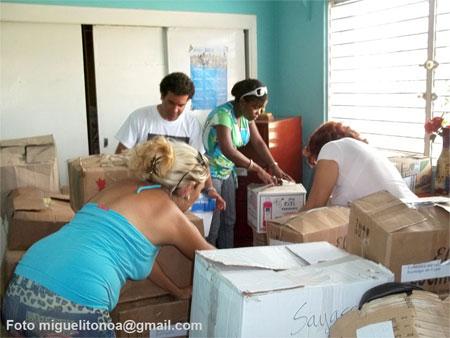 En Santiago de Cuba gesto solidario de periodistas de la isla. Foto miguelitonoa@gmail.com